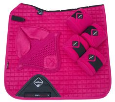 Lemieux 'Funky' Fuchsia dressage set, comprising of dressage saddle cloth, fly veil and matching fleece bandages. only £76