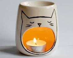 Cat Oil burner Yawning Cat Sleep Aid Candle by ZenibasAttic