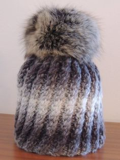 čepice pletená šedá