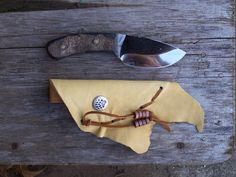 Fat Boy Skinner ...///... hunting knife ...///... handmade leather sheath…