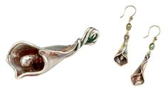 Calla lily pendant and earring set hero