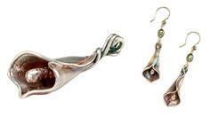 Calla lily pendant and earring set hero