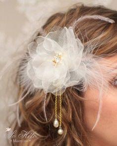 Des accessoires de cheveux rétro et chics pour mariage ou cérémonie