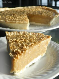 Tarte au sirop d'érable (végane) - Jasmine Cuisine Baking Recipes, Cake Recipes, Healthy Recipes, Vegan Desserts, Just Desserts, Tarte Vegan, Fodmap, Holiday Recipes, Snacks