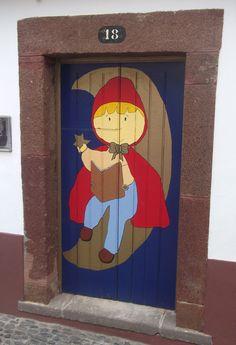 #OldTown, #Funchal #Madeira https://uk.pinterest.com/annbri/