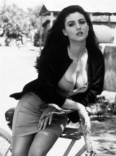 Monica Belucci cleavage. So gorgeous http://www.privatedetectiveagencydelhi.com