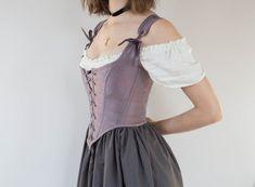 Renaissance Pirate, Corsets, Corset Vintage, Underbust Corset, Corset Belt, Black Corset, Dress Black, Victorian Dresses, Stylish Clothes