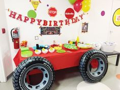 Ideas Monster Truck Room Decor Sons For 2019 Hot Wheels Party, Hot Wheels Birthday, Race Car Birthday, 2nd Birthday, Birthday Ideas, Race Car Party, Transportation Birthday, Race Cars, Festa Monster Truck