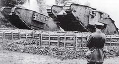 Tanks Mk.IV 'Female' (left) and 'Male' (right)