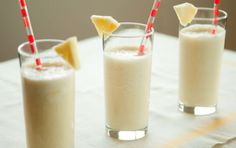 Pineapple Breeze Smoothies // 1 cup cubed fresh pineapple cup pineapple juice light coconut milk Crushed ice, to taste Puree all in a blender Juice Smoothie, Smoothie Drinks, Fruit Smoothies, Healthy Smoothies, Healthy Drinks, Smoothie Recipes, Coconut Smoothie, Juice 2, Juice Recipes