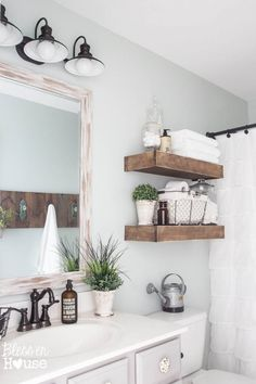 Modern Farmhouse Bathroom Makeover Reveal- shelves