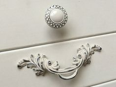 Shabby Chic Dresser Drawer Pulls Handles Off White Silver / French Country  Kitchen Cabinet Handle Pull Antique Furniture Hardware By JackAccessorieu2026