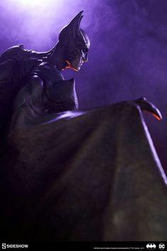 Batman Statue by Sideshow Collectibles Gotham City Nightmare Collection #Batman #Statue #GothamCityNightmare #Sideshow #Batbase #collectibles #art