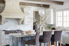 Mix and Chic: A fresh and beautiful Suwanee home!