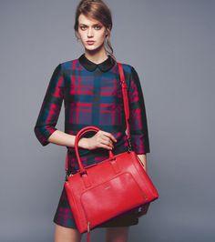 Abiti ed accessori invernali da donna: scopri le nuove linee ed i colori della collezione invernale MAX&Co. Acquisti con SPEDIZIONE E RESO GRATUITI.