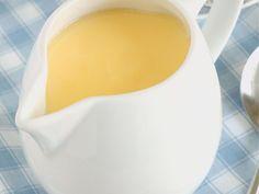 jaune d'oeuf, sucre, lait demi-écrémé, vanille, maïzena