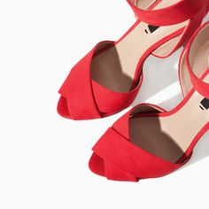 Image 4 of HIGH HEEL SANDAL WITH ANKLE STRAP from Zara