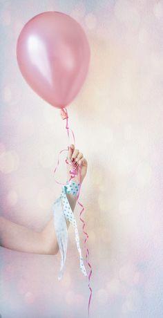 Soft tones Coisas fofas. Balões rosas.  #beaultiful #pretty  #adoro #loveit #Charmoso #charming rosa #rosaclaro #rosaantigo #pink #softpink #rosé