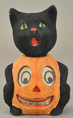 Lot # : 1389 - BLACK CAT/PUMPKIN HALLOWEEN CANDY CONTAINER