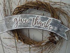 Twig Wreath, Diy Fall Wreath, Autumn Wreaths, Holiday Wreaths, Wreath Ideas, Rustic Thanksgiving, Thanksgiving Wreaths, Thanksgiving Decorations, Autumn Decorations
