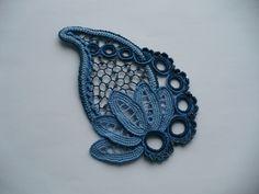 crochet flowers for irish lace Irish Crochet Patterns, Crochet Motifs, Freeform Crochet, Lace Patterns, Crochet Designs, Crochet Stitches, Russian Crochet, Japanese Crochet, Crochet Leaves