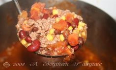 Now people. Yesterday when I said it wasn't Chili… I meant, it ain't chili!-) It's Taco Soup! Quite simply the easiest and most delicious Taco Soup at that. Slow Cooker Tacos, Slow Cooker Recipes, Crockpot Recipes, Cooking Recipes, Homemade Taco Seasoning Mix, Homemade Tacos, Veggie Recipes, Soup Recipes, Easy Taco Soup