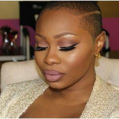 Really wish I could try this at least once in my life but I got a peanut head for real lol  beautiful /kluermoi/