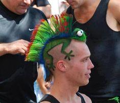 Chameleon Mohawk for crazy hair day! Crazy Hair Day At School, Crazy Hair Days, Bad Hair Day, Wacky Hair, Hair Tattoos, Piercing Tattoo, Hair Humor, Hair Art, Haircuts For Men
