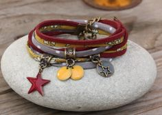 Bracelet retro libellule verre filé moutarde taupe gris bronze                                                                                                                                                                                 Plus