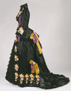Silk dress embroidered with pansies, c.1882. Owned by Livy Twain, wife of Mark Twain.