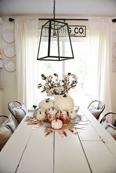 🍁Fall Decor: DIY Neutral & Copper Fall Centerpiece - Pops of copper & neutral pumpkins mixed with plaid & cotton make a lovely centerpiece for all fall long & Thanksgiving. Fall Home Decor, Autumn Home, Dining Room Table Centerpieces, Table Decorations, Centerpiece Ideas, Dining Tables, Seasonal Decor, Holiday Decor, Dining Room Walls