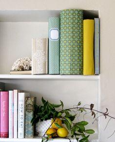 Uma idéia decorativa para guardar pequenos objetos e manter a casa organizada.