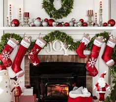 Como decorar chimeneas en navidad En el post del día de hoy tocaremos una de las temáticas que mas me gustan que es el tema navideño, ya que rondando por