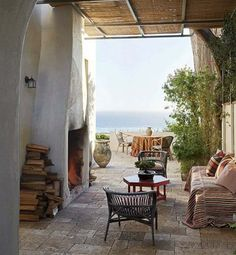 Indoor-Outdoor Living in Malibu Richard Shapiro residence, via Architectural Digest
