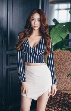 Korea Fashion, Asian Fashion, Girl Fashion, Fashion Outfits, Basic Outfits, Cute Outfits, Up Skirt Pics, Asian Hotties, Beautiful Asian Women