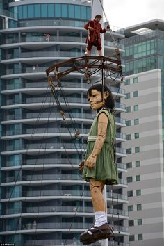 Created and operated by French street theatre company Royal de Luxe, it takes a team of 70...