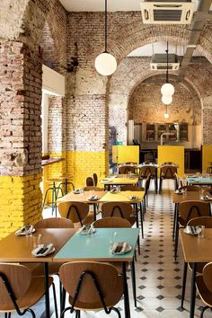 Home Interior De Mexico Today, we take a closer look at this dim sum restaurant in Hong Kong that impresses us with its stunning retro decor. Brick Interior, Yellow Interior, Restaurant Interior Design, Restaurant Interiors, Industrial Restaurant Design, Small Restaurant Design, Industrial Cafe, Interior Shop, Antique Interior