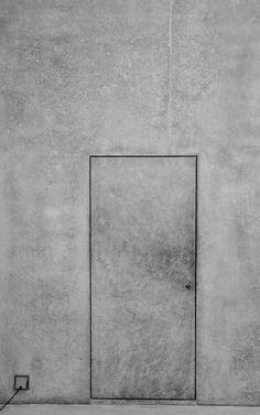 — Wall / Door