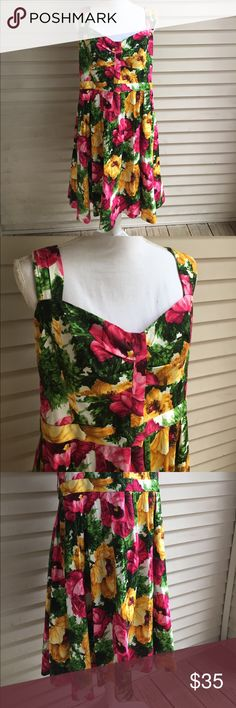 """London Times Floral Dress 21"""" bust and 42.5"""" length. 97% cotton and 3% spandex London Times Dresses"""