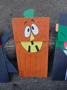 Halloween Paper Bag Puppets | Make and Takes