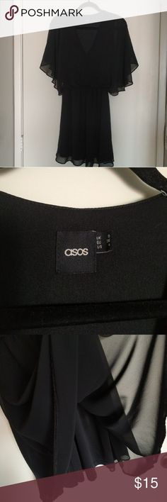 Asos Skater dress Asos skater dress with V neck and angel sleeve The belt was lost. Excellent condition. ASOS Dresses Midi