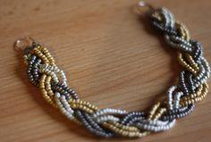 Tuto   Un collier tressé en perles de rocaille