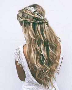Tendance Coupe & Coiffure Femme Description 24 Favourite Wedding Hairstyles For Long Hair ❤ See more: www. Long Hair Wedding Styles, Wedding Hair Down, Wedding Hair And Makeup, Hair Makeup, Makeup Hairstyle, Half Up Half Down Wedding Hair, Braided Half Up Half Down Hair, Wedding Half Updo, Wedding Hair Flowers