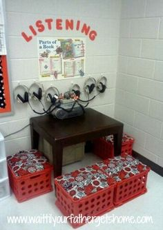A fantastic idea for a listening corner! Great for Daily 5 – Listen to Reading A fantastic idea for a listening corner! Great for Daily 5 – Listen to Reading Pin: 282 x 400 Classroom Setting, Classroom Setup, Classroom Design, Music Classroom, Preschool Classroom Layout, Reading Corner Classroom, Classroom Arrangement, Preschool Music, Future Classroom