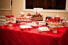 Leah Houts Events wedding desert table Party Food Themes, Party Desserts, Wedding Desserts, Casino Night Party, Casino Theme Parties, Wedding Desert Table, Cookie Table, Casino Cakes, Healthy Cat Treats
