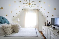 14 Ideas for a Small Bedroom | Decorating and Design Blog | HGTV