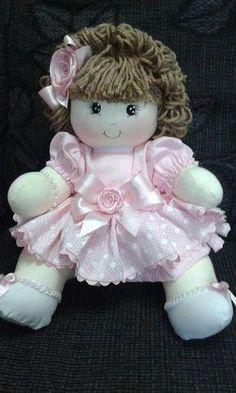 Sweet rag doll with pattern - Free patterns Doll Clothes Patterns, Doll Patterns, Doll Toys, Baby Dolls, Sewing Dolls, Waldorf Dolls, Doll Hair, Soft Dolls, Doll Crafts