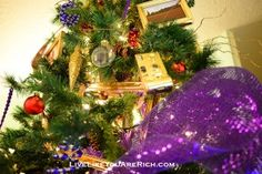 How to decorate your Christmas Tree like a Pro (advice from professional Christmas Tree decorators).