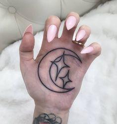 moon tattoo on palm Girly Tattoos, Body Art Tattoos, Tribal Tattoos, Small Tattoos, Cool Tattoos, Tatoos, Pink Ink Tattoos, Celtic Tattoos, Sleeve Tattoos