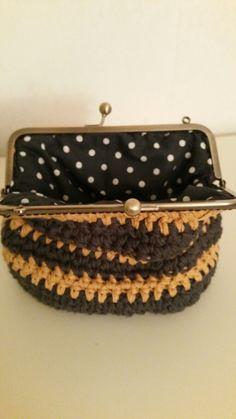 Crochet kisslock purse